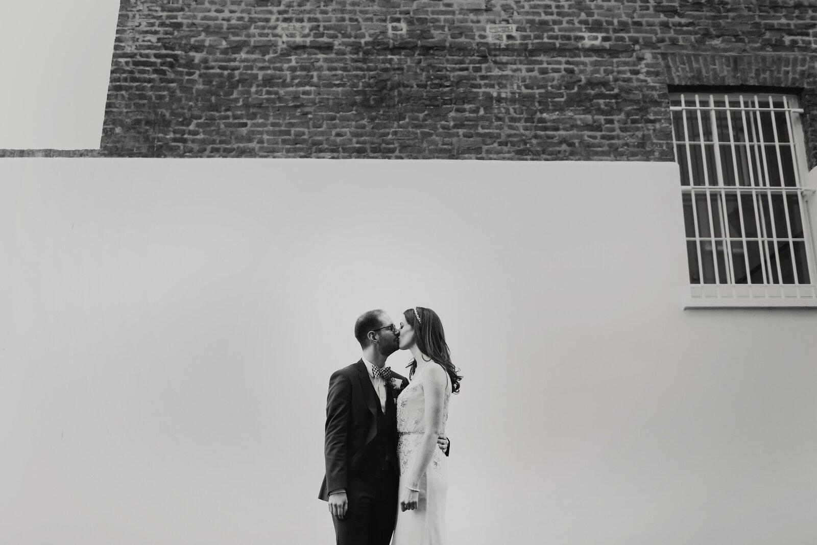 WP-BRIDE-AND-GROOM-BRICK-WALL_0028