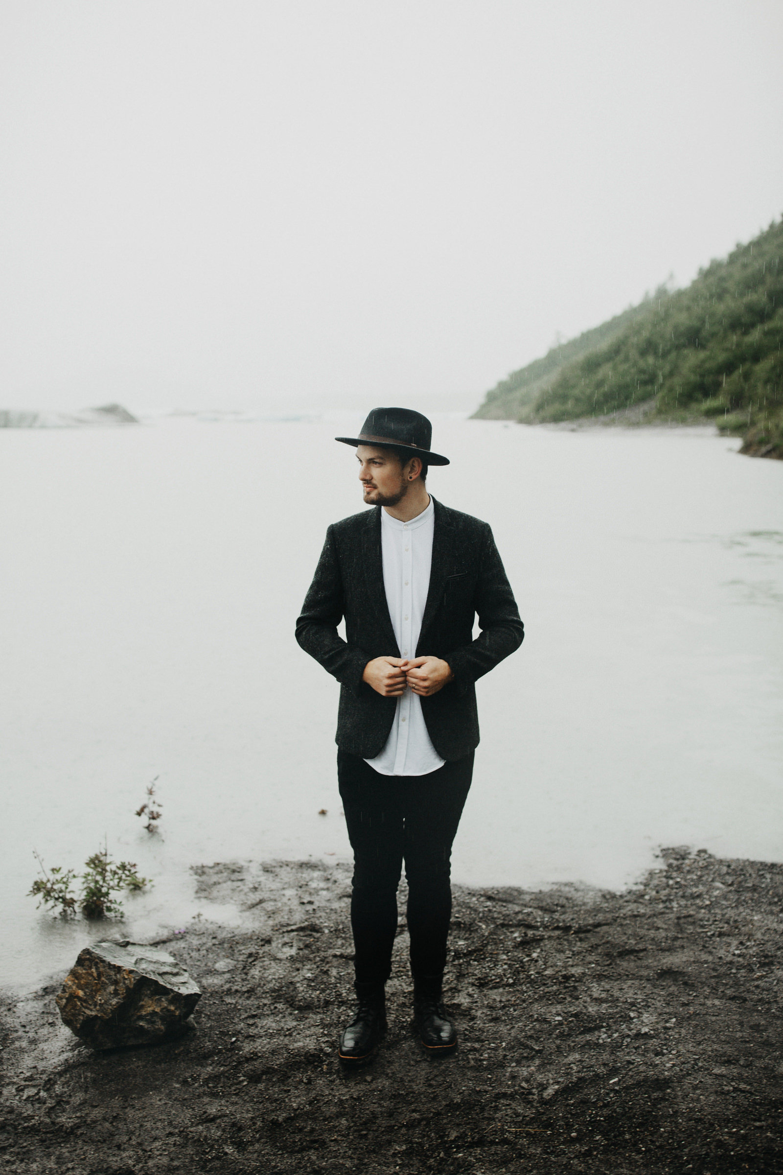 athena-and-camron-alaska-elopement-wedding-inspiration-india-earl-athena-grace-glacier-lagoon-wedding99