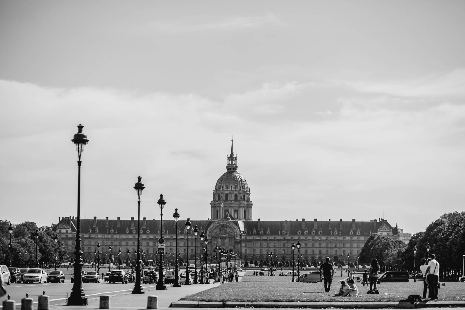 musee-armee-paris-france-travel-destination-wedding-kate-timbers-photography-1777