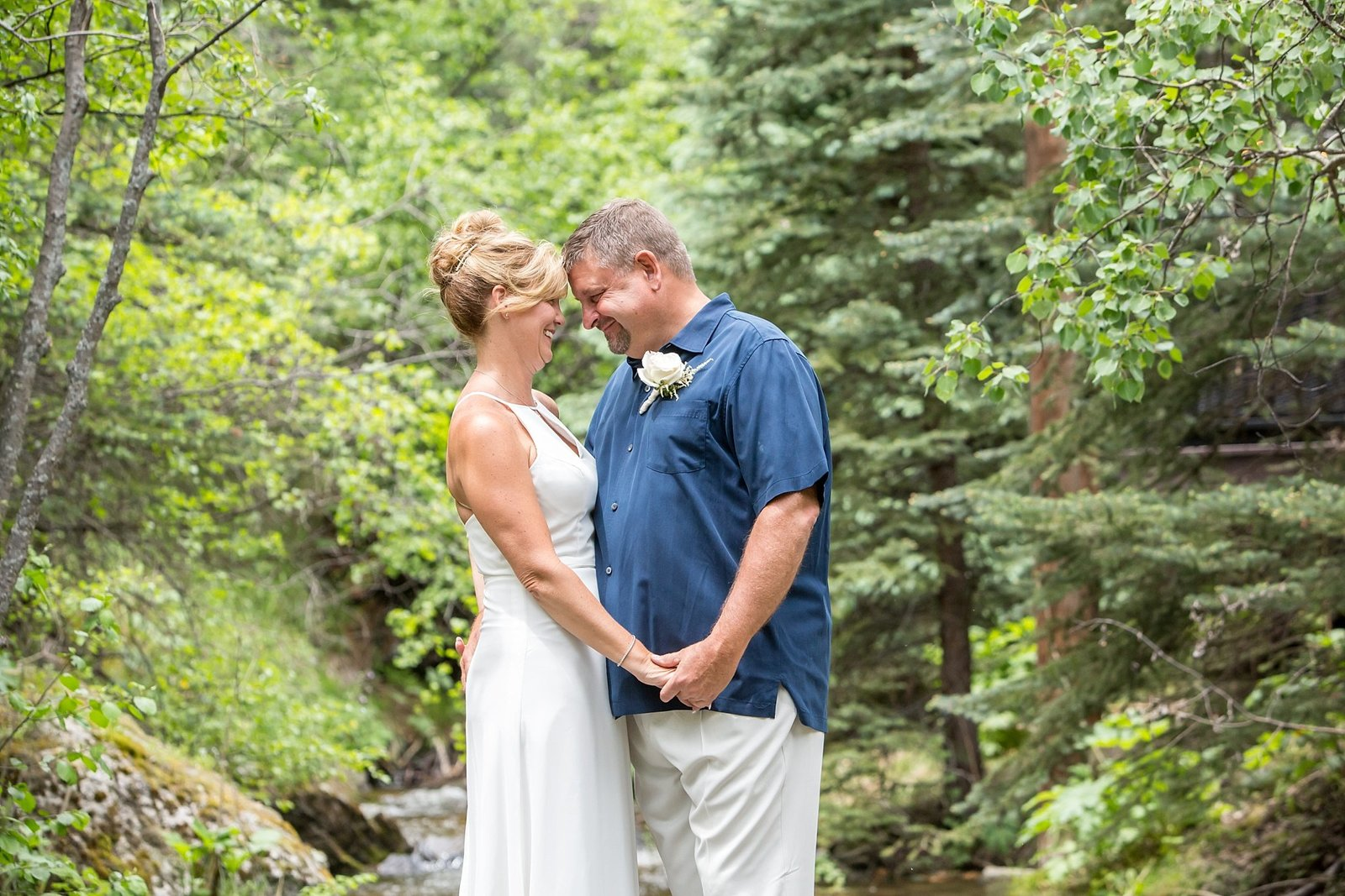 Colorado wedding photography couple portrait with Jana and Mike