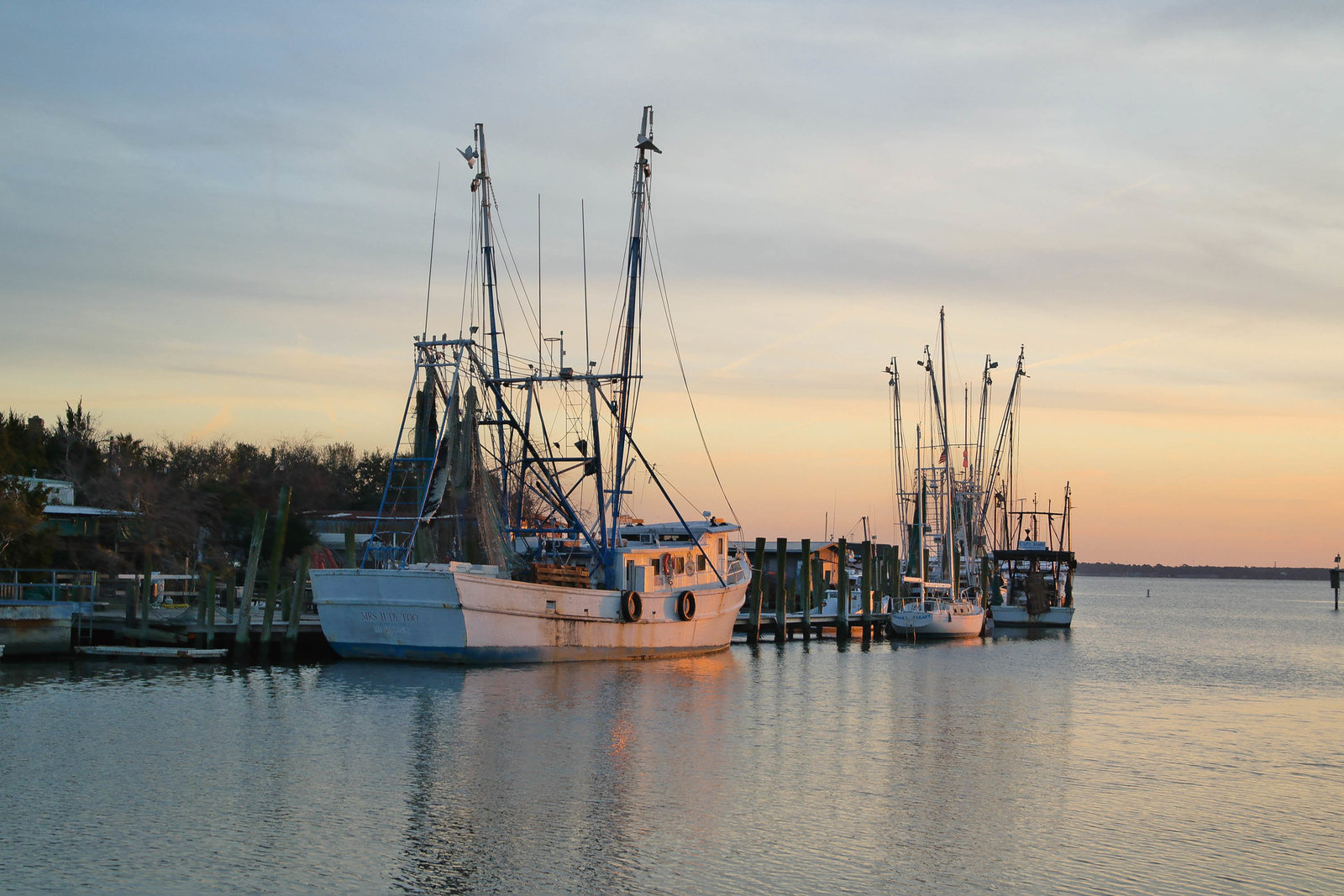 boat-shem-creek-sunset-charleston-sc-kate-timbers-photography-1039