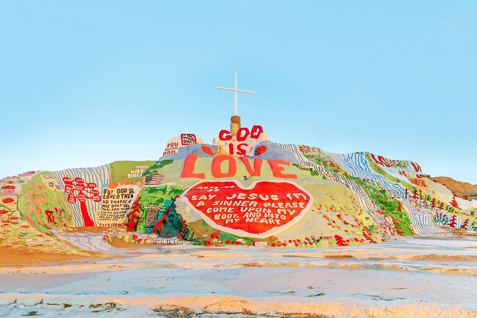 011-KBP-Salvation-Mountain