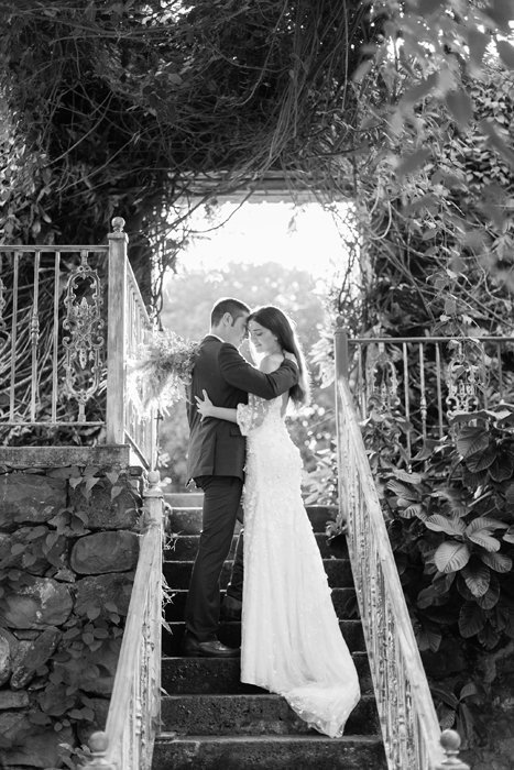X0513_Haiku-Mill_Maui-Wedding-Photographer_Caitlin-Cathey-Photo_1145-b&w