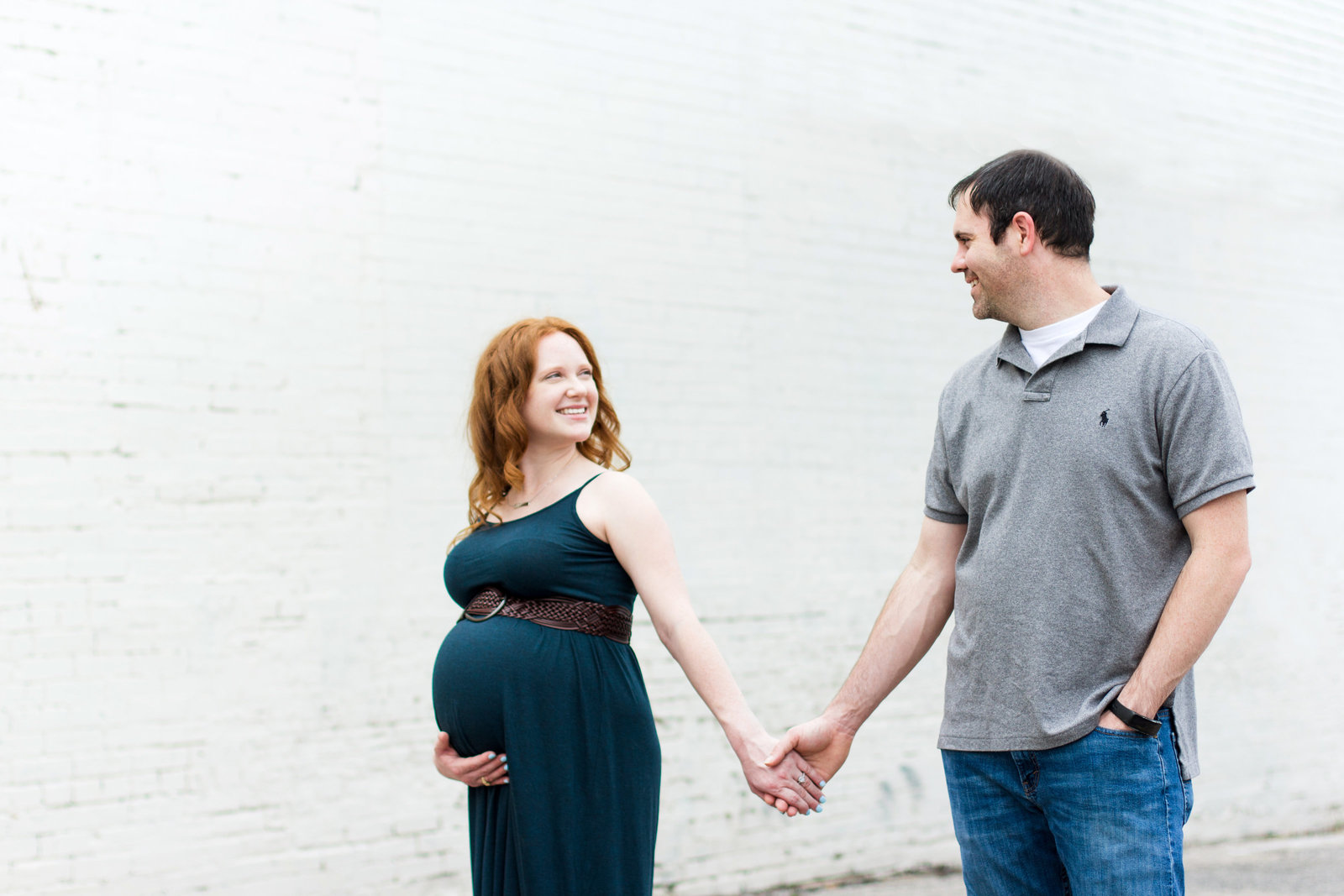 downtown-mckinney-maternity-couple