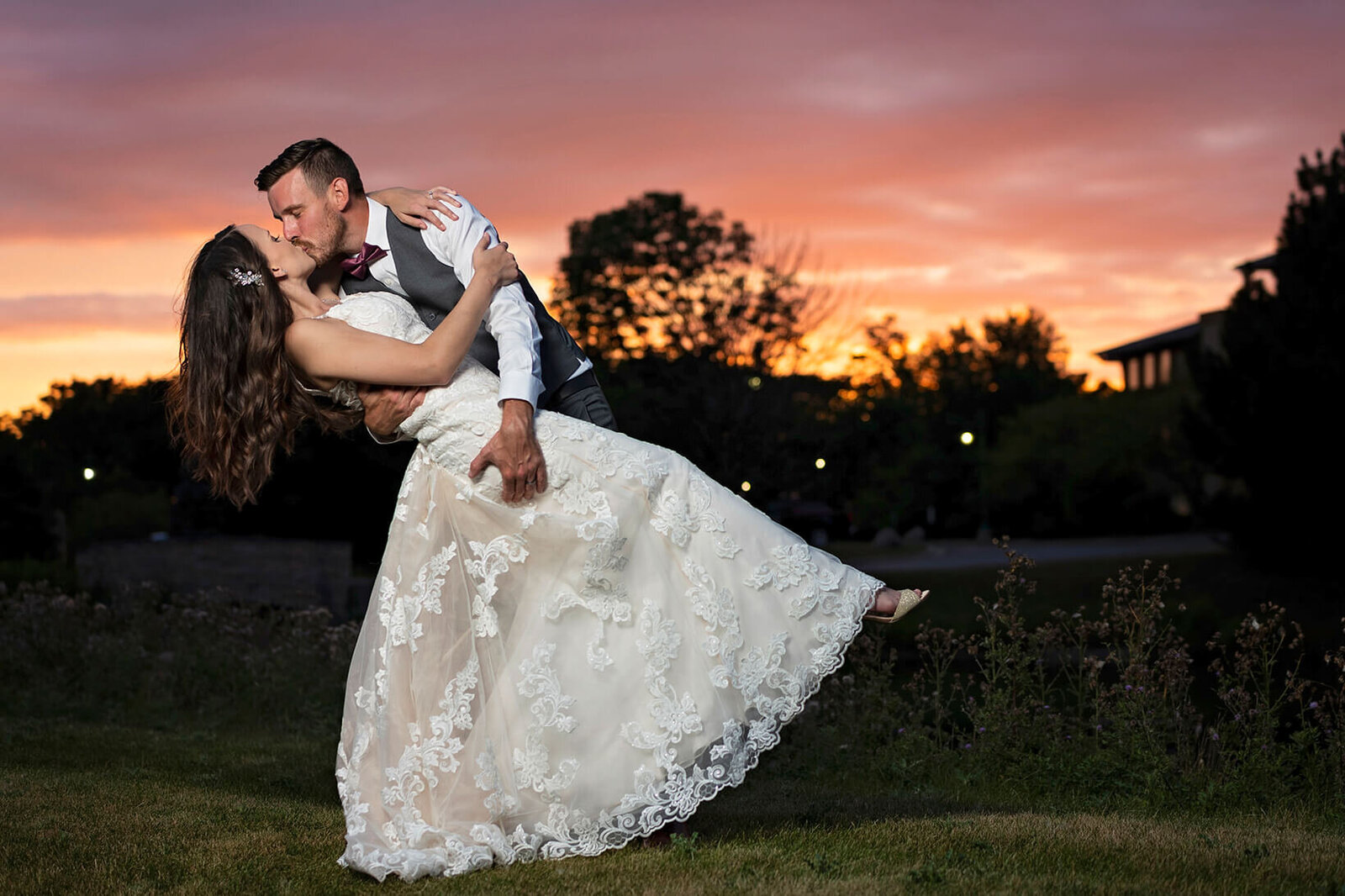 Milwaukee-Wedding-Photographer-Wisconsin00057