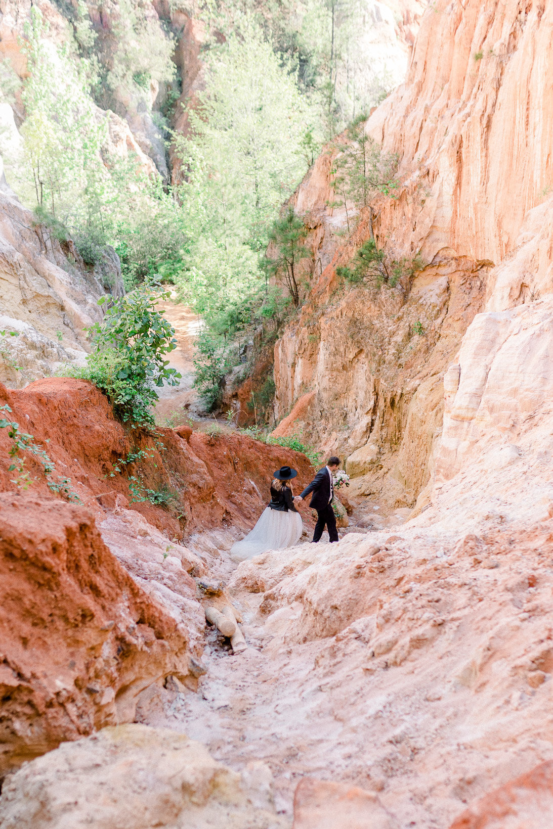 providence-canyon-wedding-elopement-adventure-hiking-georgia-arizona-21