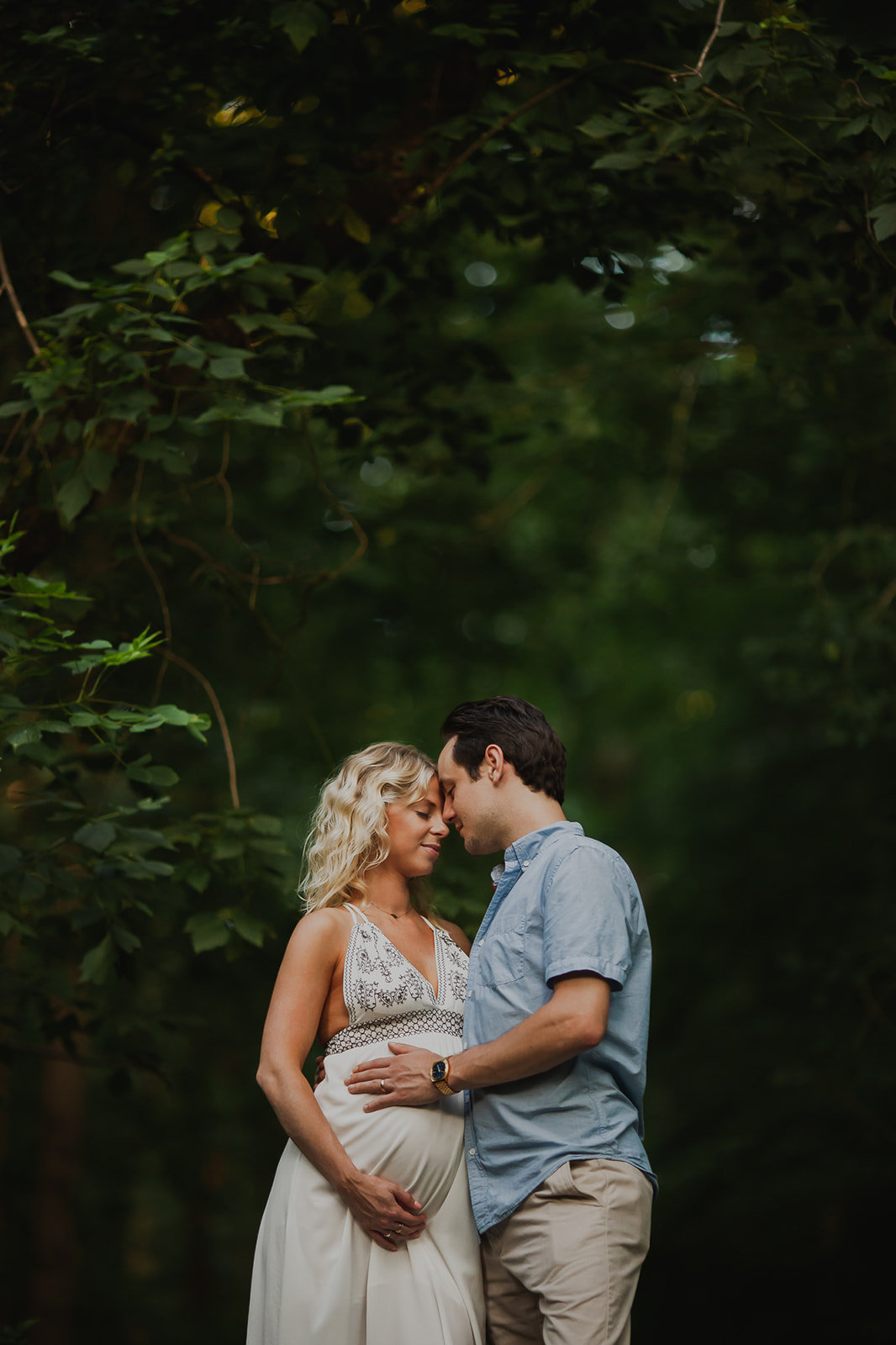 2_Maryland-Summer-Boho-Dress-Maternity-Couple-Woods