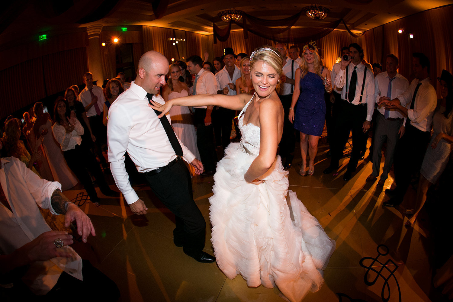 We  live for the hilarious moments between the bride and groom