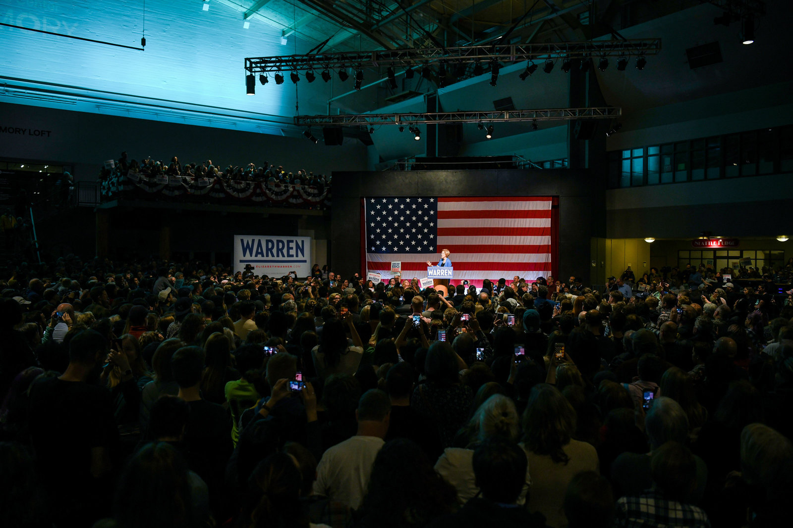 Elizabeth Warren rally crowd