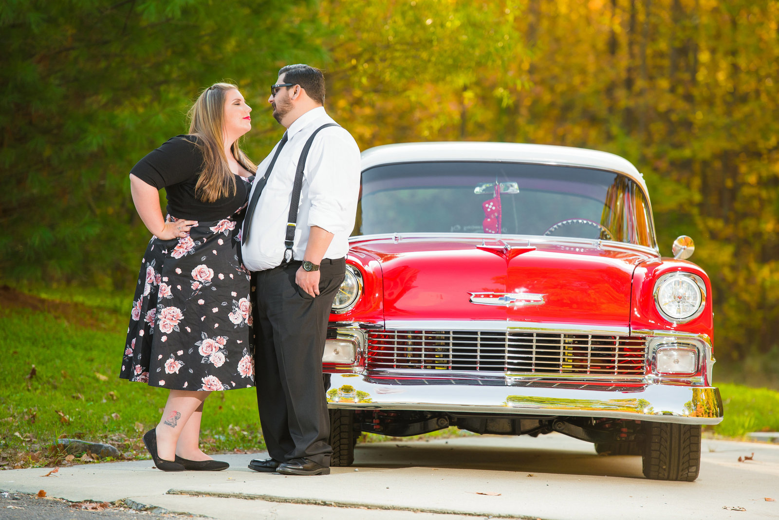 Retro_Pinup_Car_engagement_session_Nj048