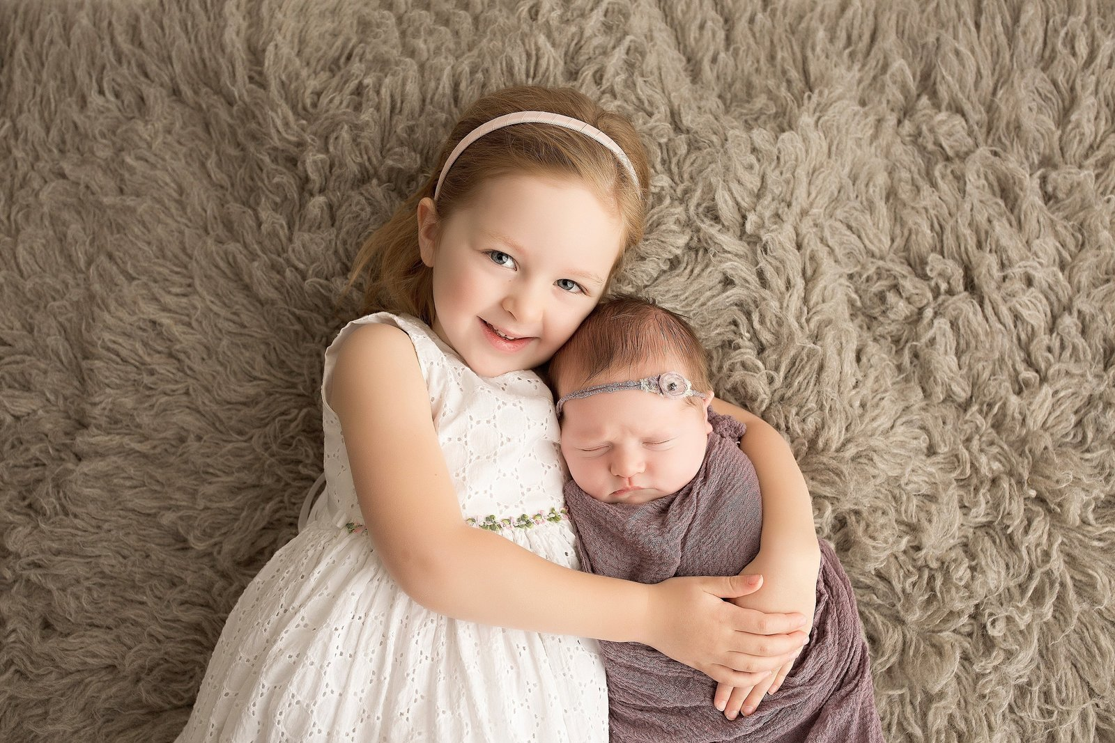 Newborn and sister photo