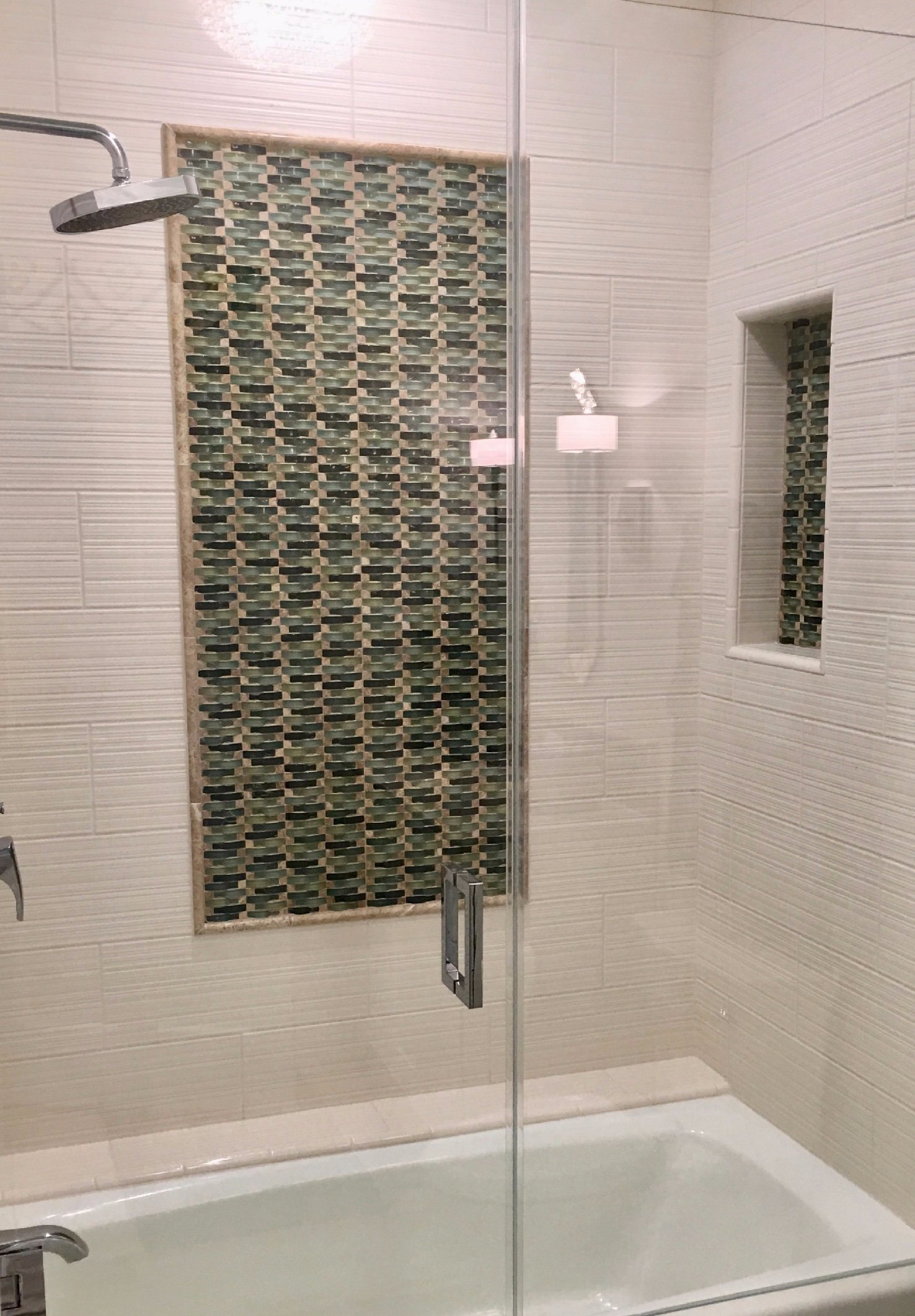 Guest Bath Tile Surround