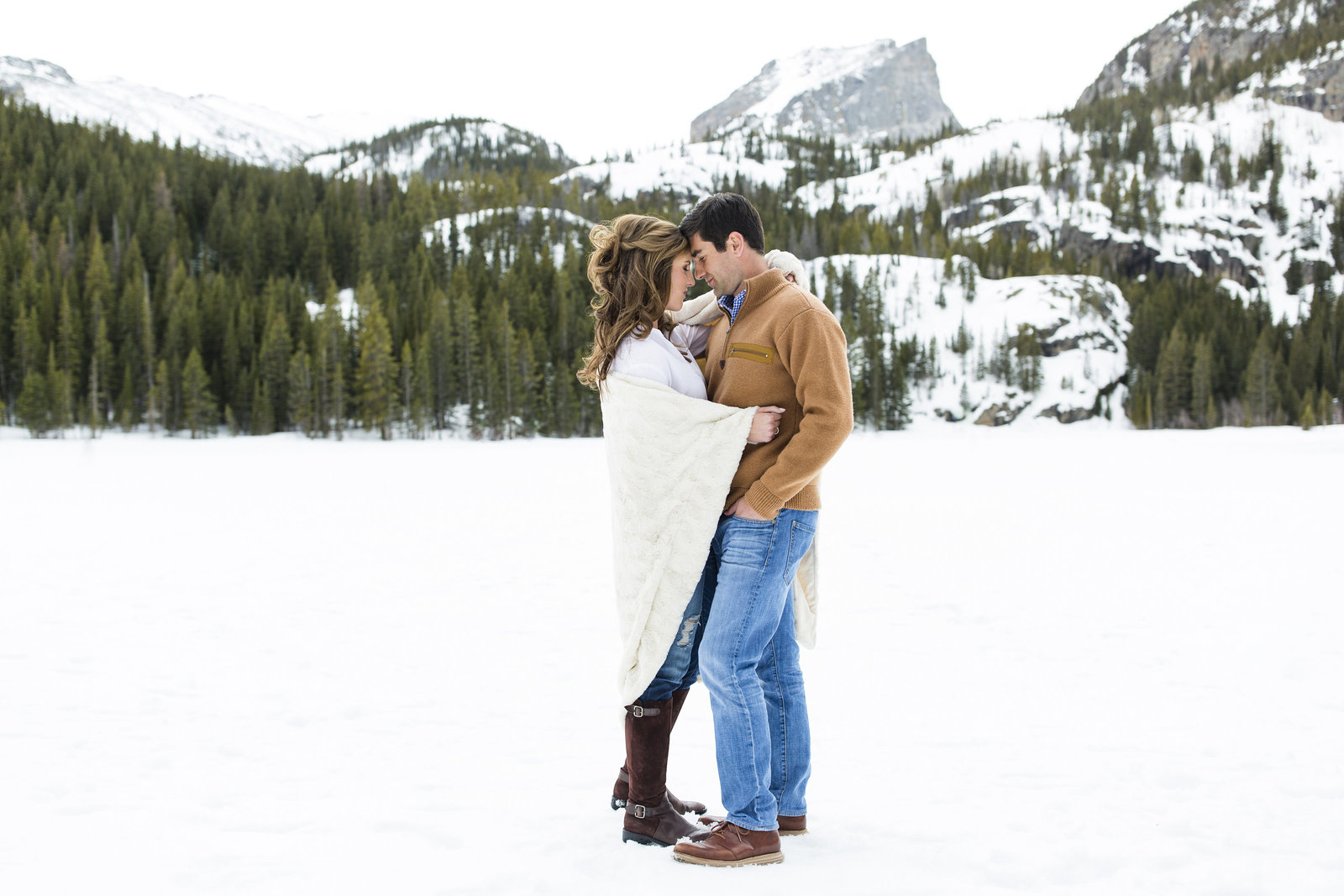 Jessi-And-Zach-Photography-Colorado-Wedding-Photographer-Nevada-Wedding-Photographer-Nevada-Engagement-Photographer_01