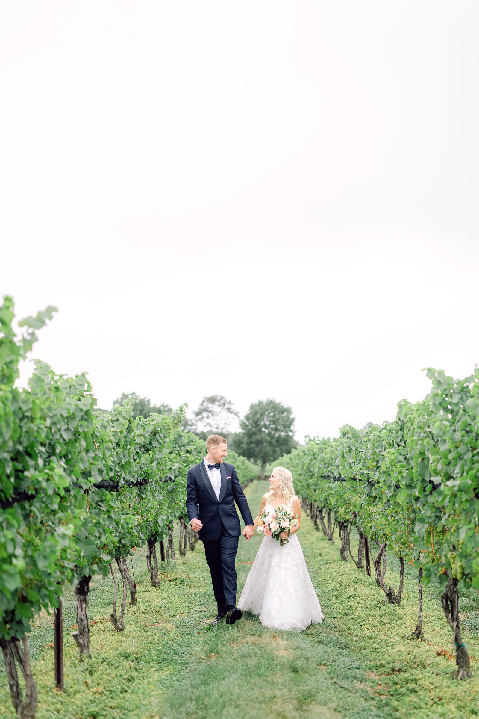 jonathan_edwards_winery_stonington_connecticut_garden_wedding_36