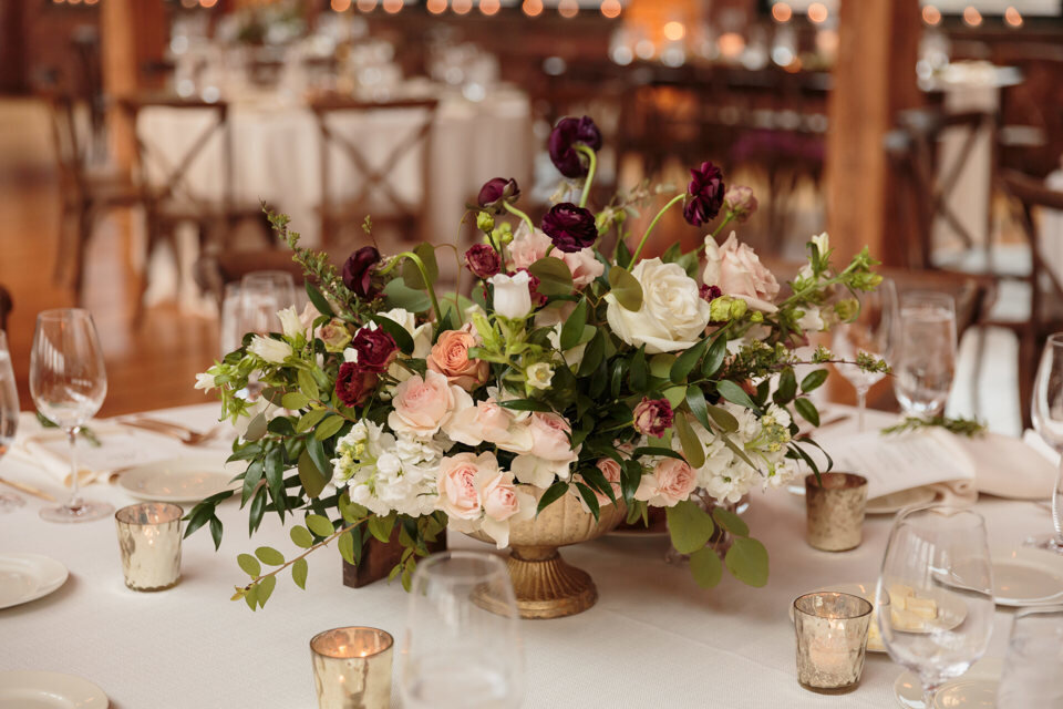 14-Bridgeport-Art-Center-Wedding-centerpiece