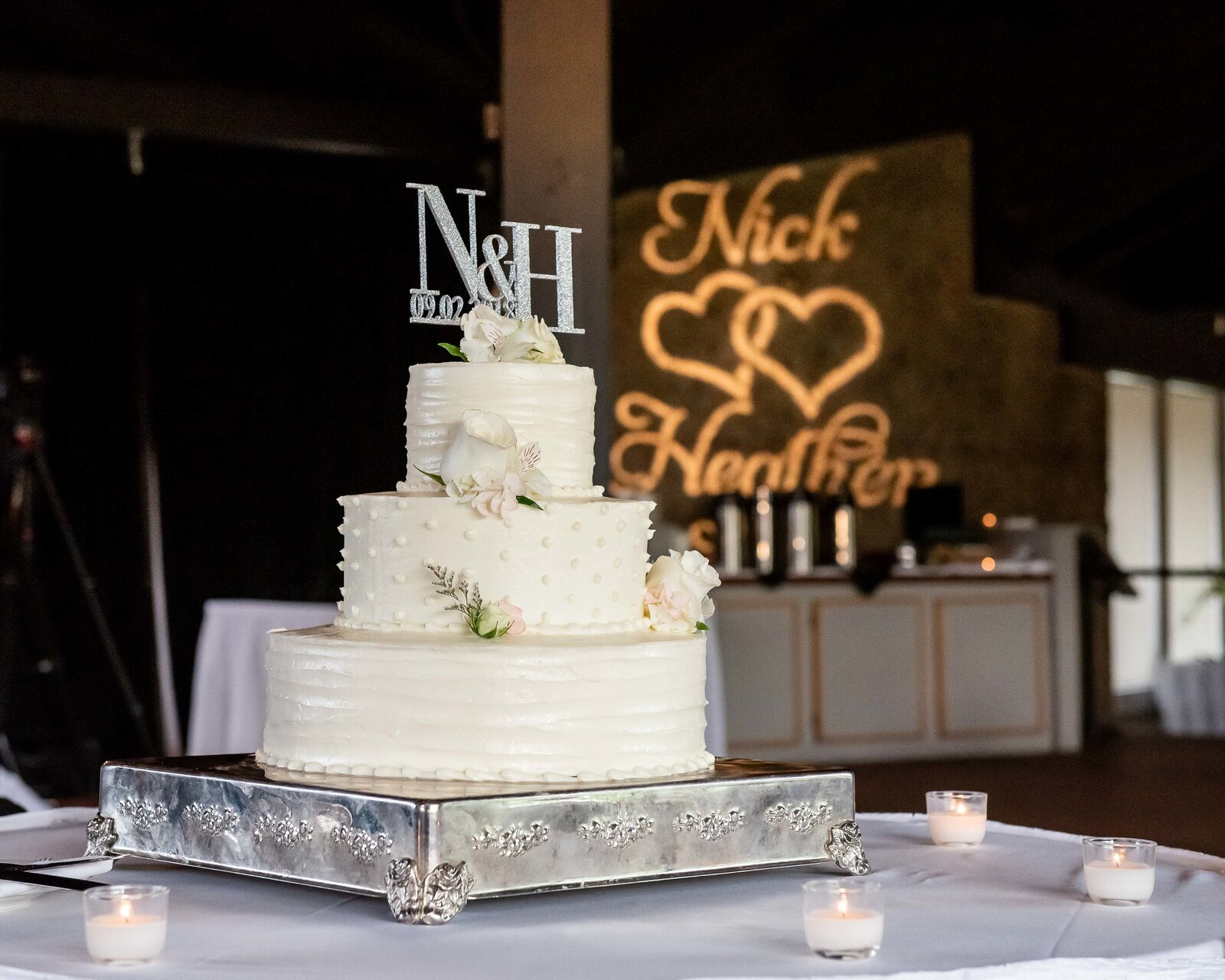 wedding-reception-lake-geneva-cake