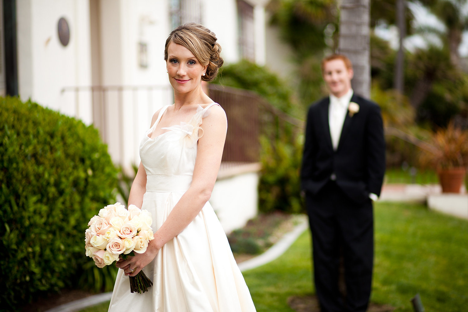 awesome bride and groom shot at darlington house