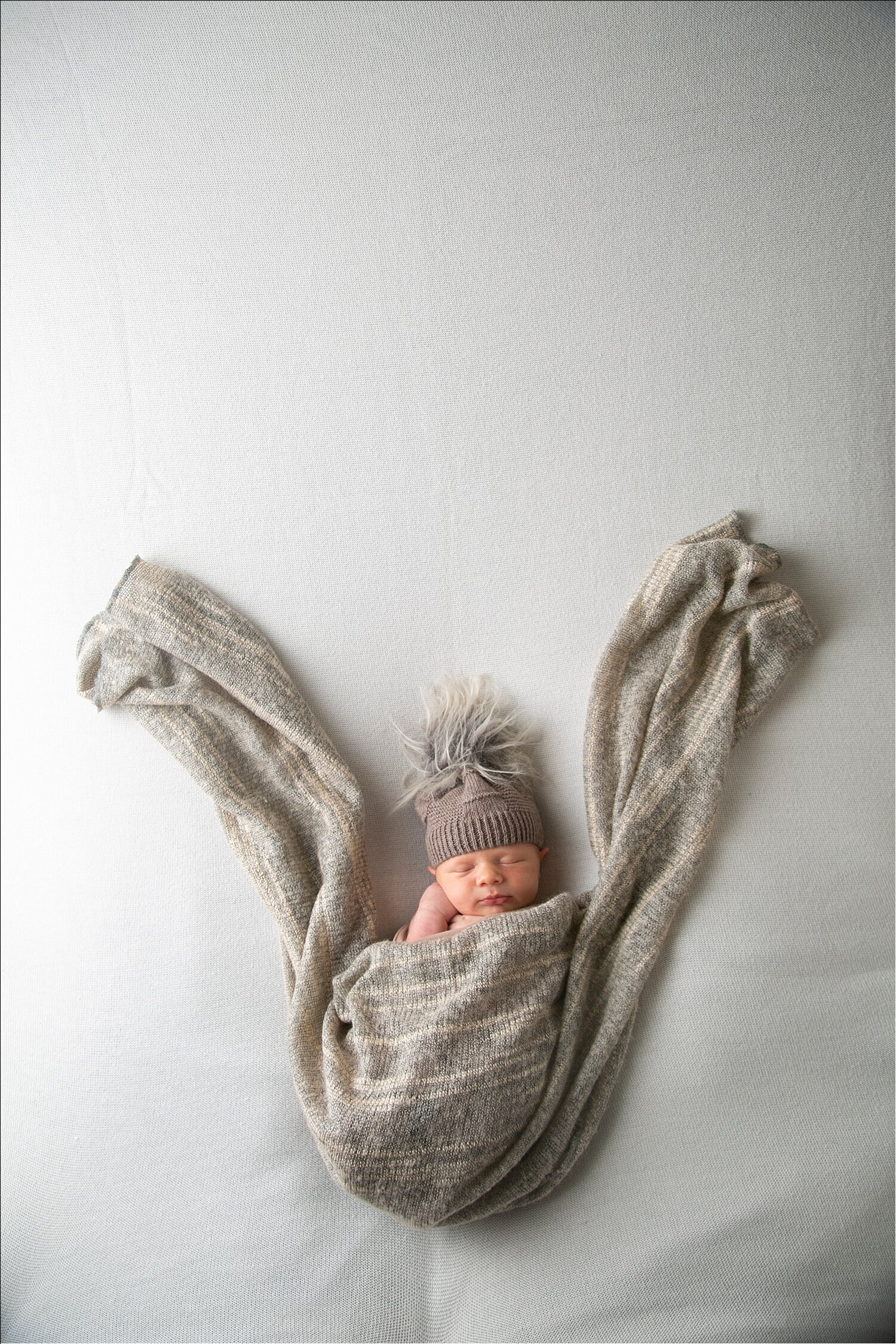 new-york-newborn-photographer-bw_040_WEB