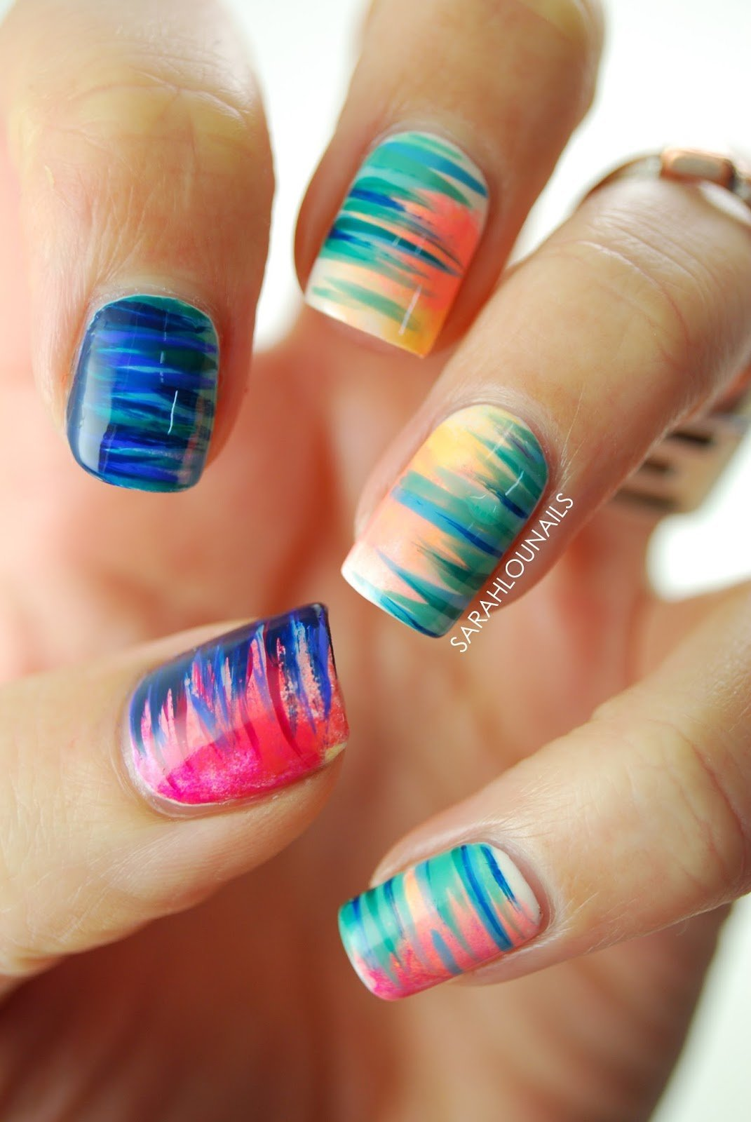 Gradient Side Stripe Nails 1 copy