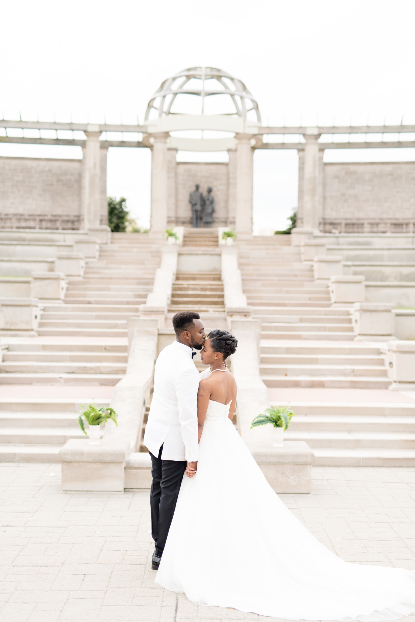 Coxhall-Gardens-Wedding-Indianapolis-Ritz-Charles 0015