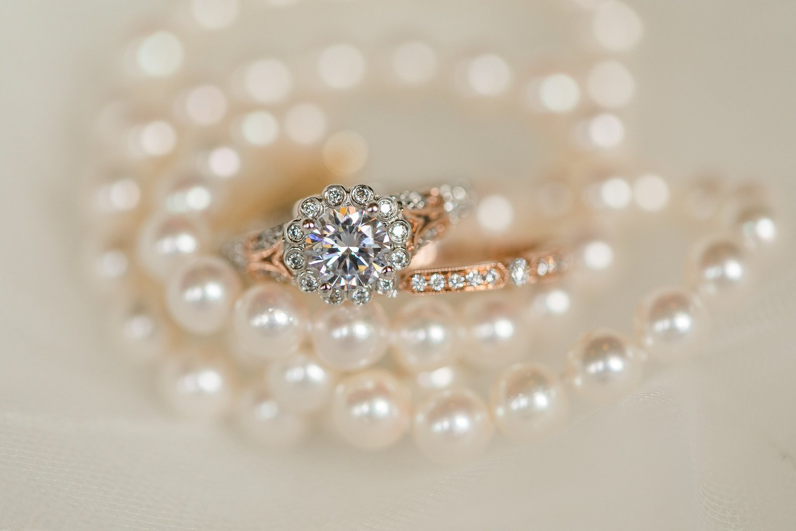 diamond-ring-rose-gold-pearls