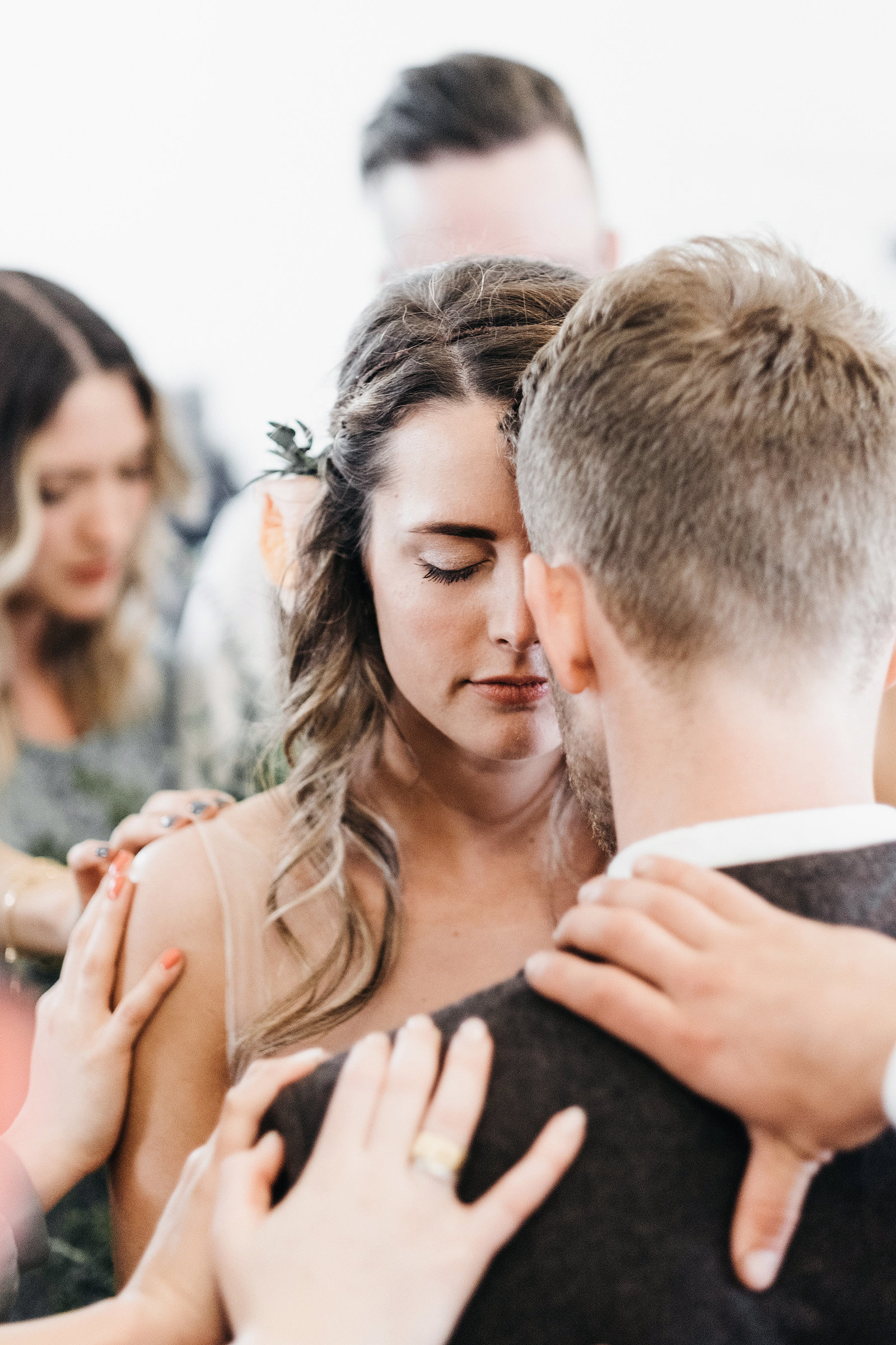 athena-and-camron-seattle-wedding-photographer-dairyland-snohomish-rustic-barn-wedding-flowers-styling-inspiration-lauren-madison-59