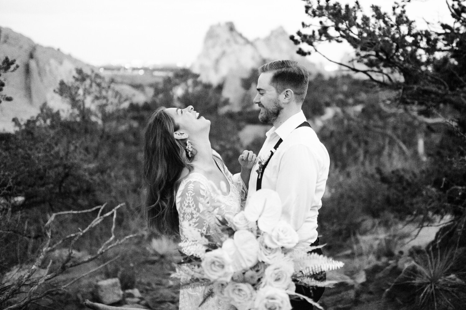 garden-of-the-gods-wedding-15