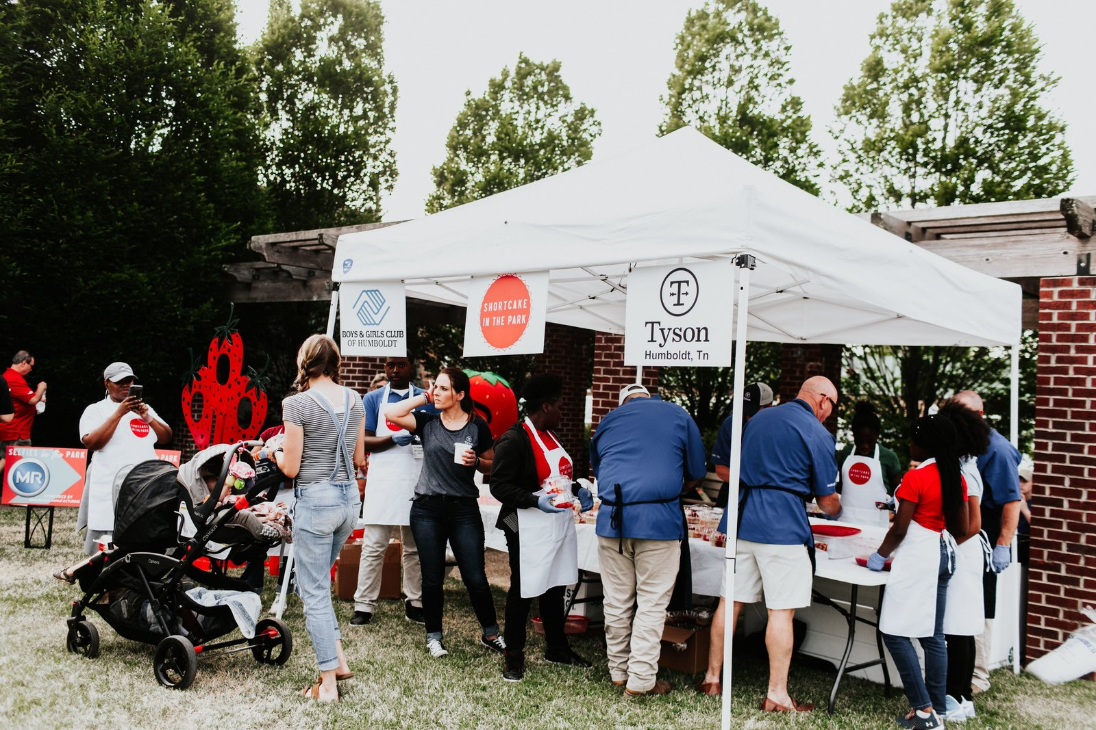 2019 West Tennessee Strawberry Festival - Shortcake in the park - 1
