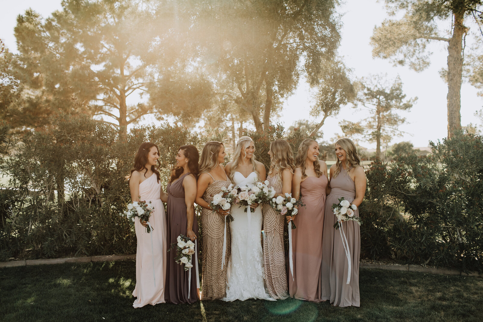 wedding-florist-pink-shades-dresses-bridesmaids