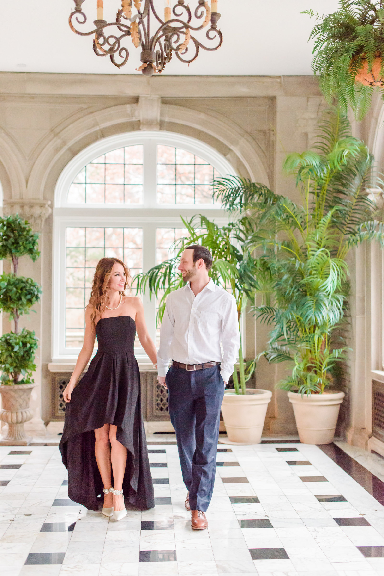 Engagement Photos at Laurel Hall