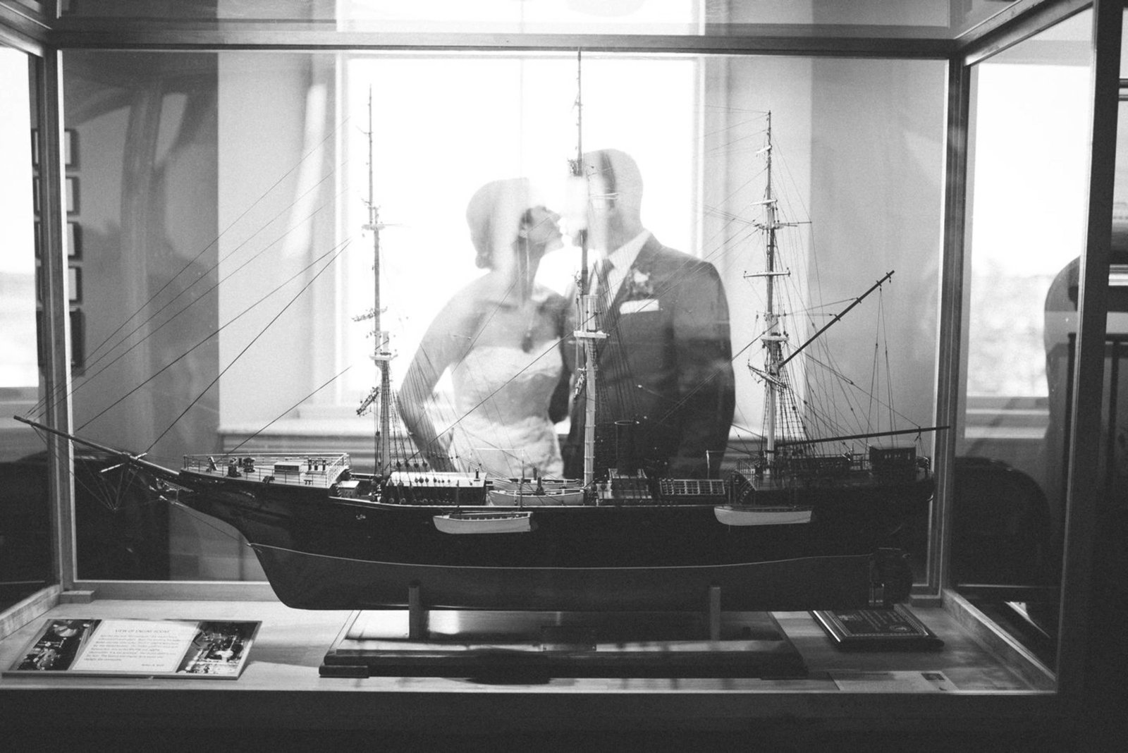 Boston-Wedding-Photographer-Newburyport-Custom-House-Maritime-Museum-24
