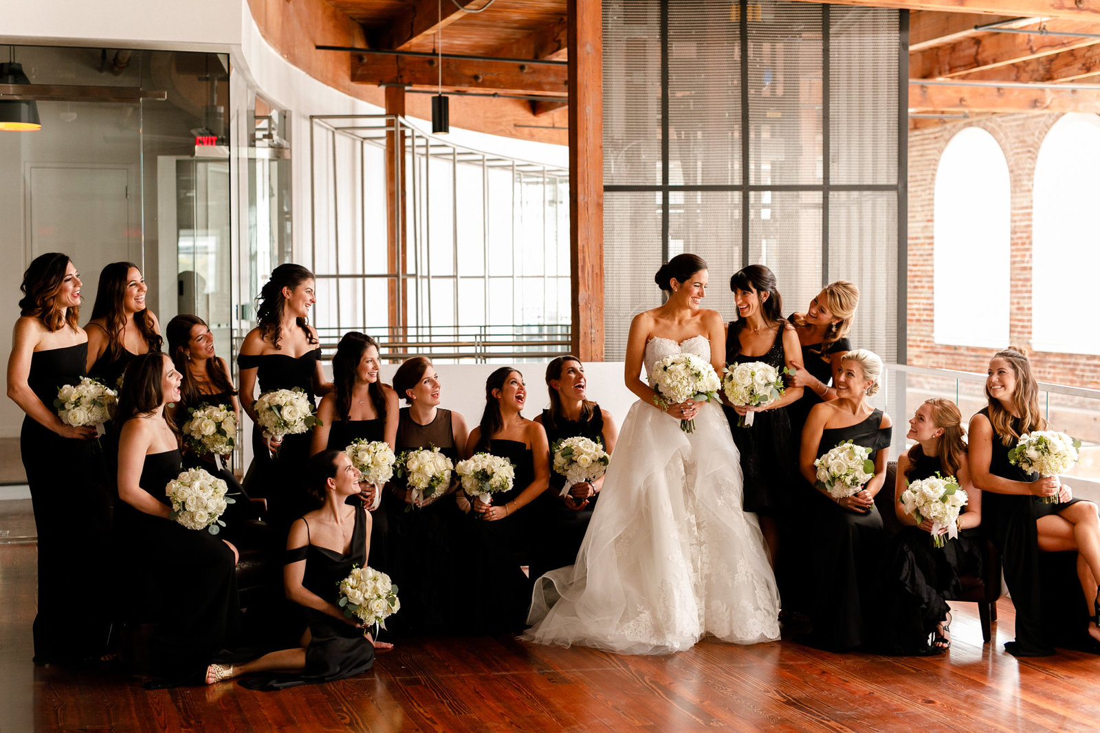 02_Contemporary_Art_Center_Wedding_0055-Edit