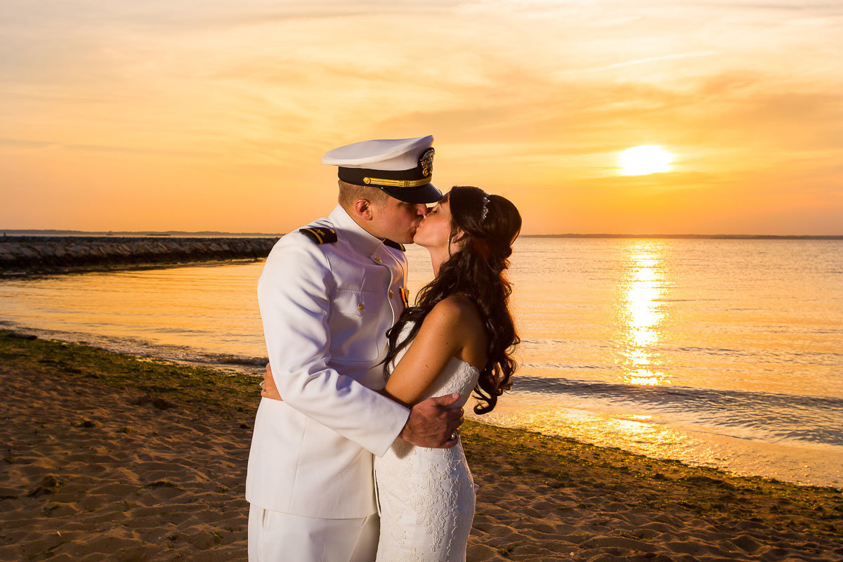 sunset image of newlyweds along the chesapeake bay in the summer