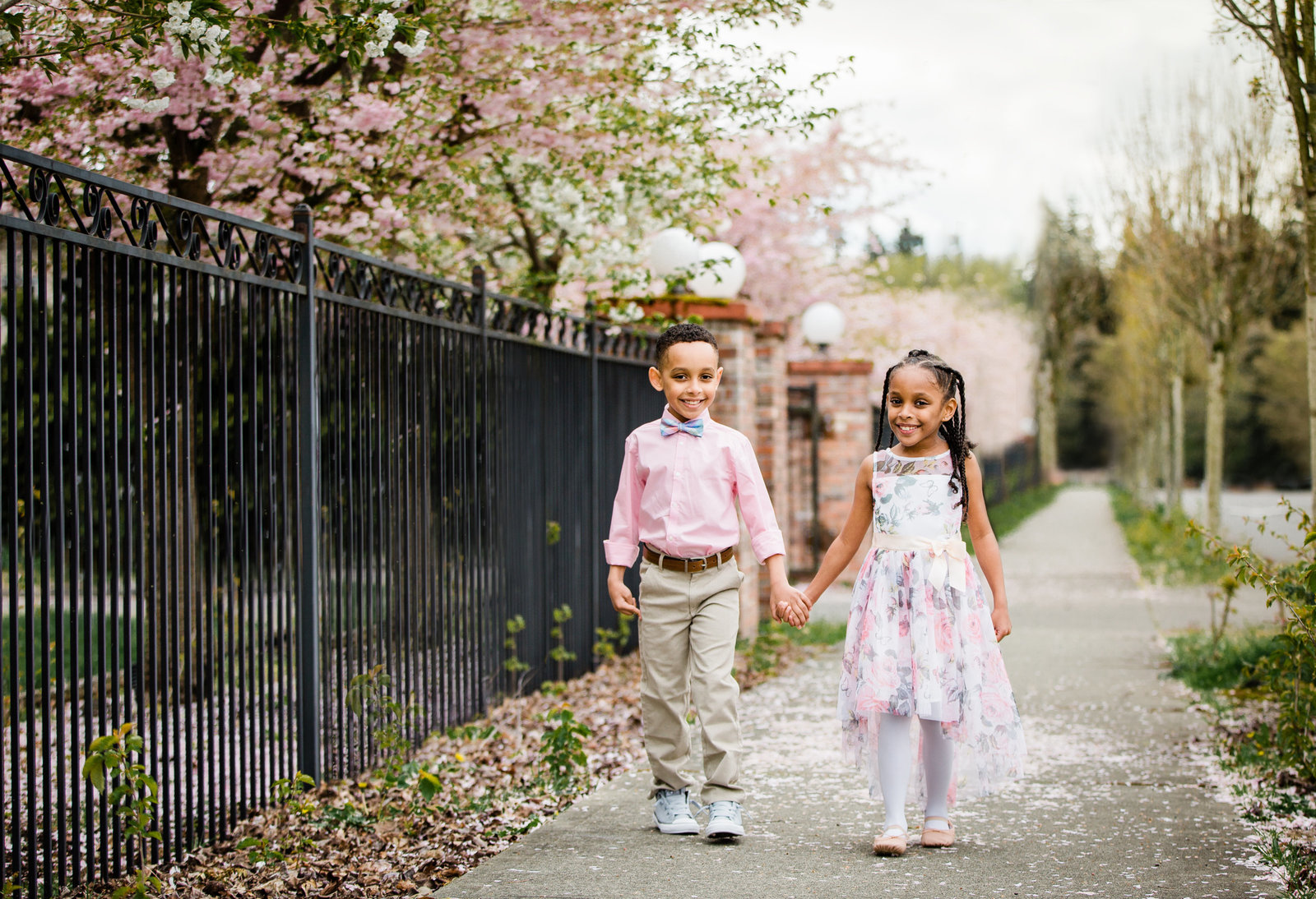 Twins Easter pictures