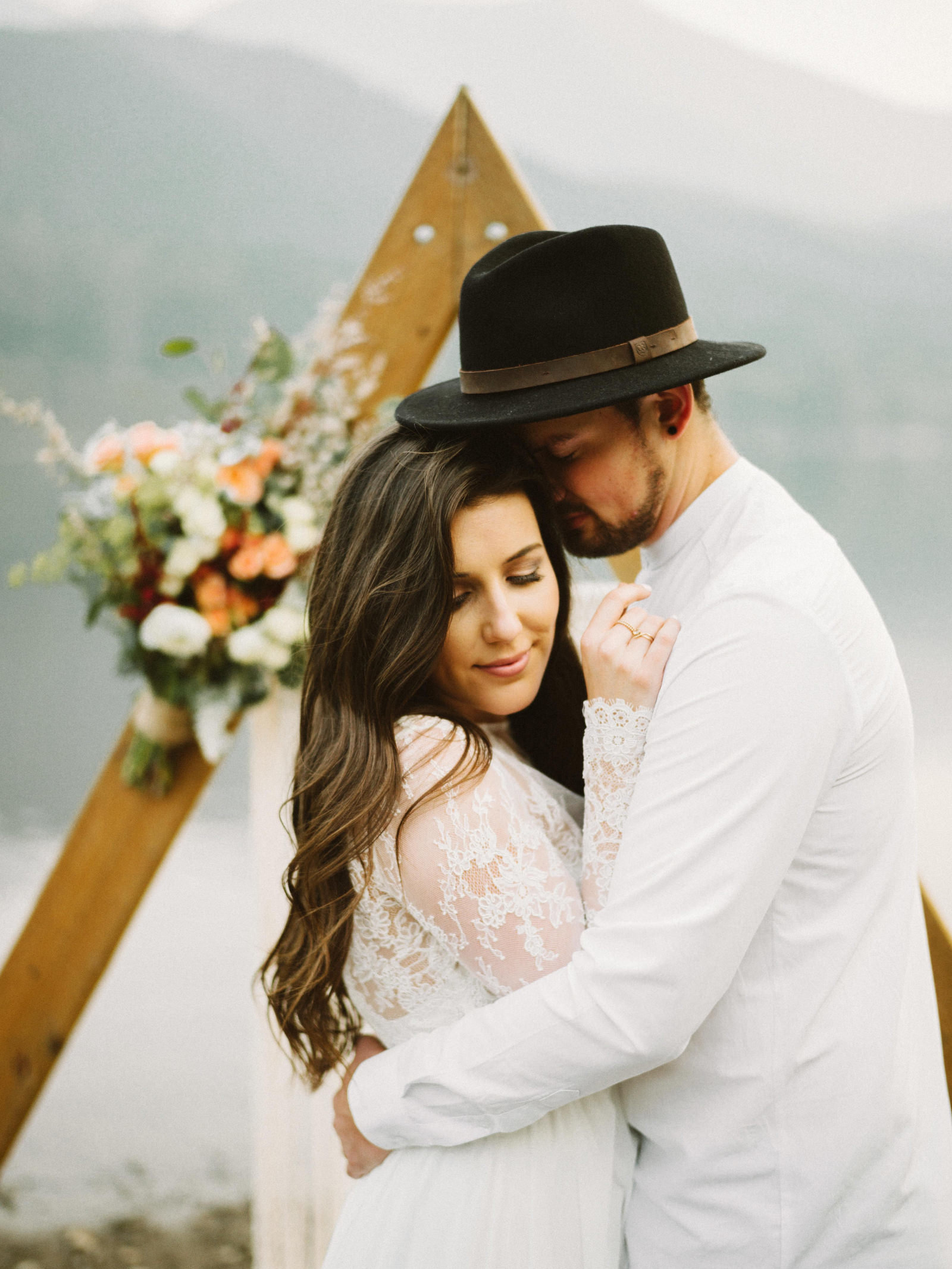 athena-and-camron-seattle-elopement-wedding-benj-haisch-rattlesnake-lake-christian-couple-goals67