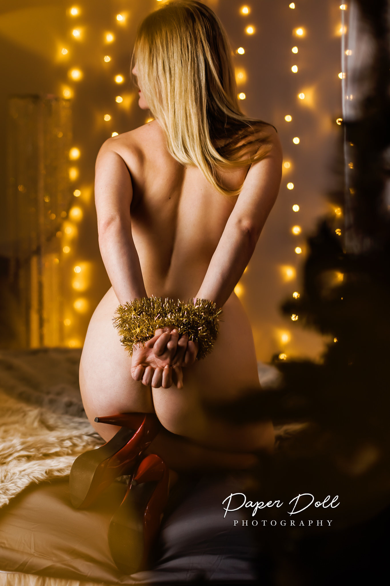 Holiday boudoir photography in St. Louis
