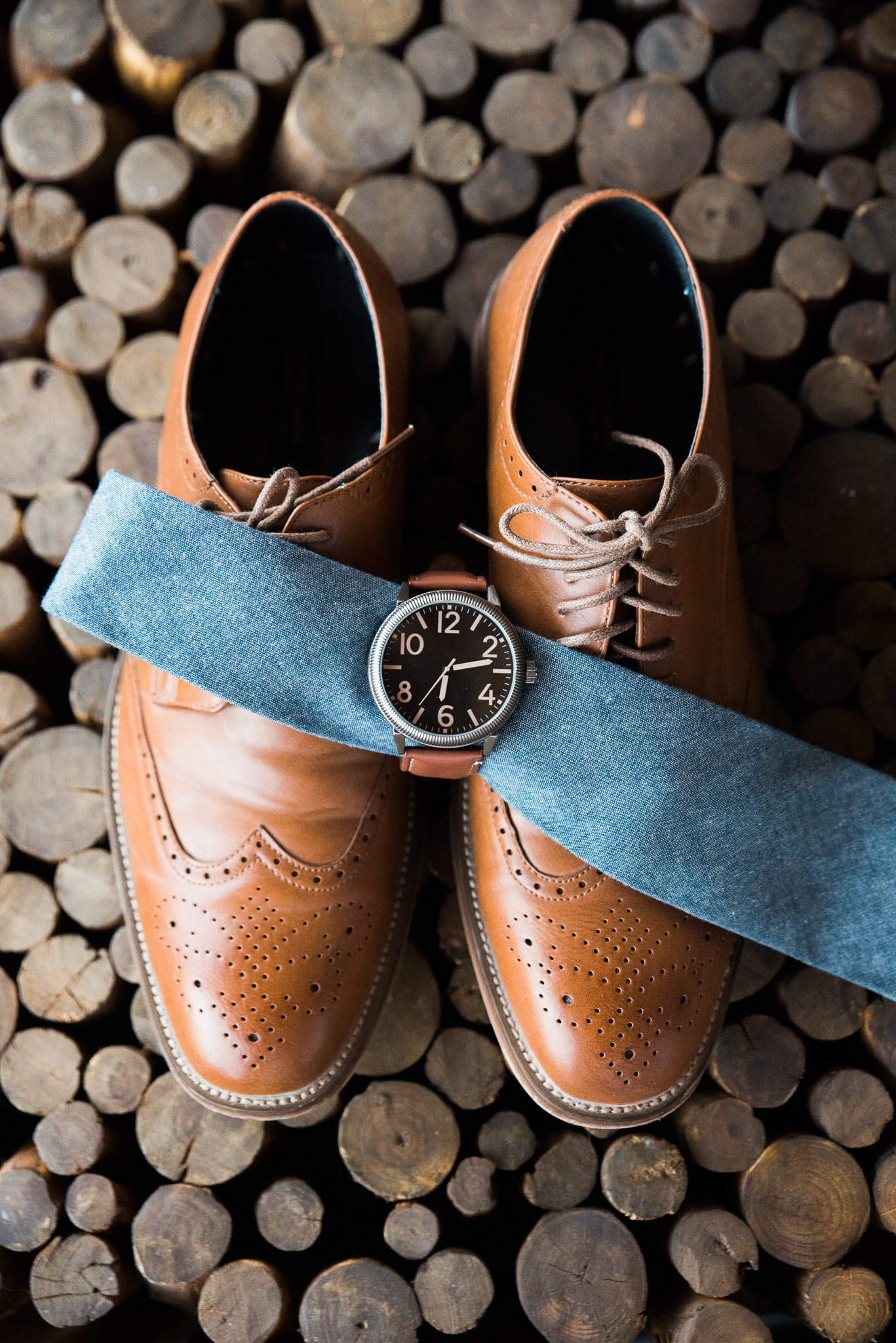 Tucson Kingan Gardens Wedding Photo of Groom Shoes, Tie, and Watch Details | Tucson Wedding Photographer | West End Photography