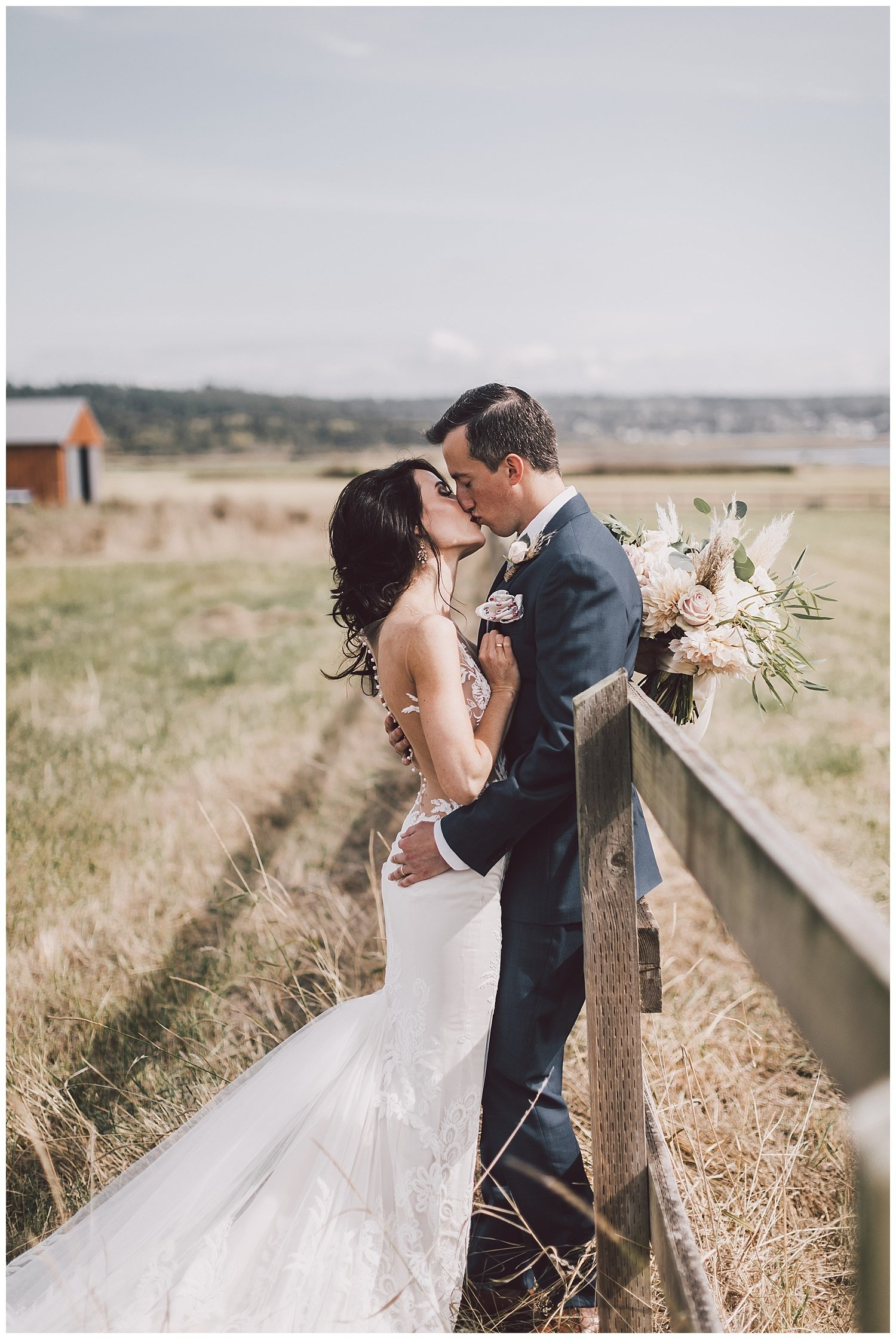 crockett-farm-wedding-whidbey-island-luma-weddings_0016