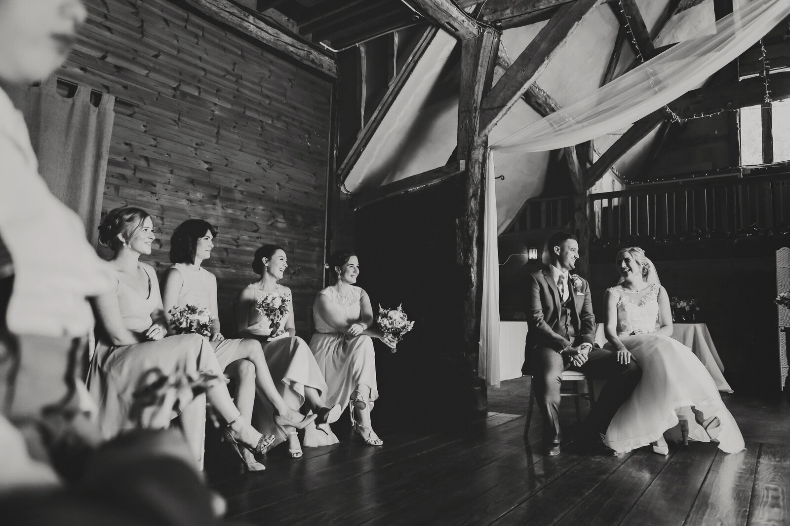 LAINS-BARN-WEDDING-PHOTOGRAPHER-FUN-REALXED-0031