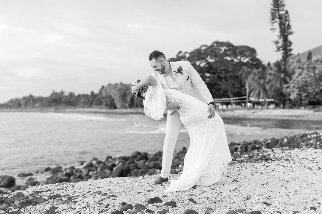 W0518_Dugan_Olowalu-Plantation_Maui-Wedding-Photographer_Caitlin-Cathey-Photo_2980-b&w