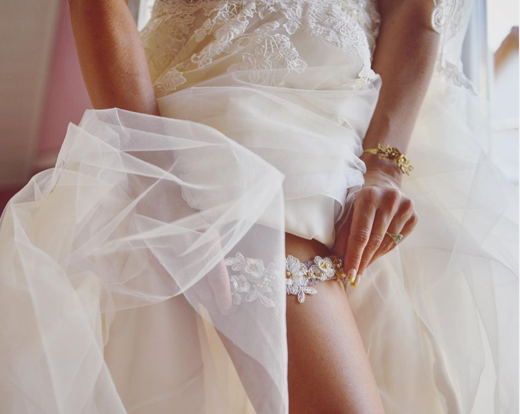 Bride Bettina dusty mauve and gold garter and infinity roses bracelet