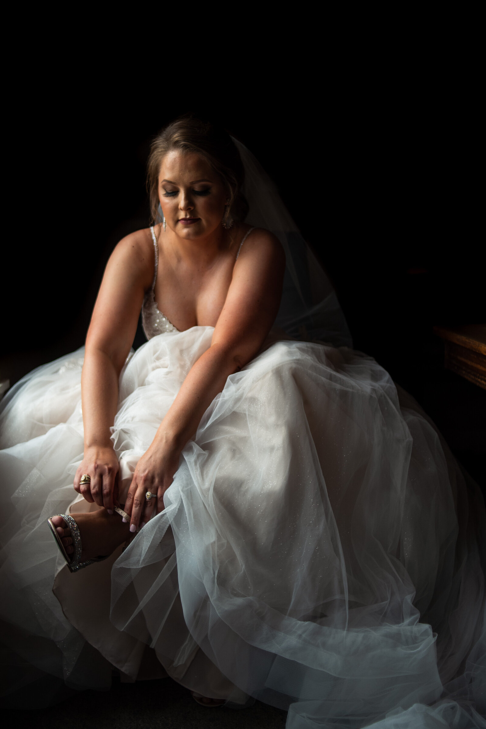 audrey-taylor-messina-hof-winery-wedding_006