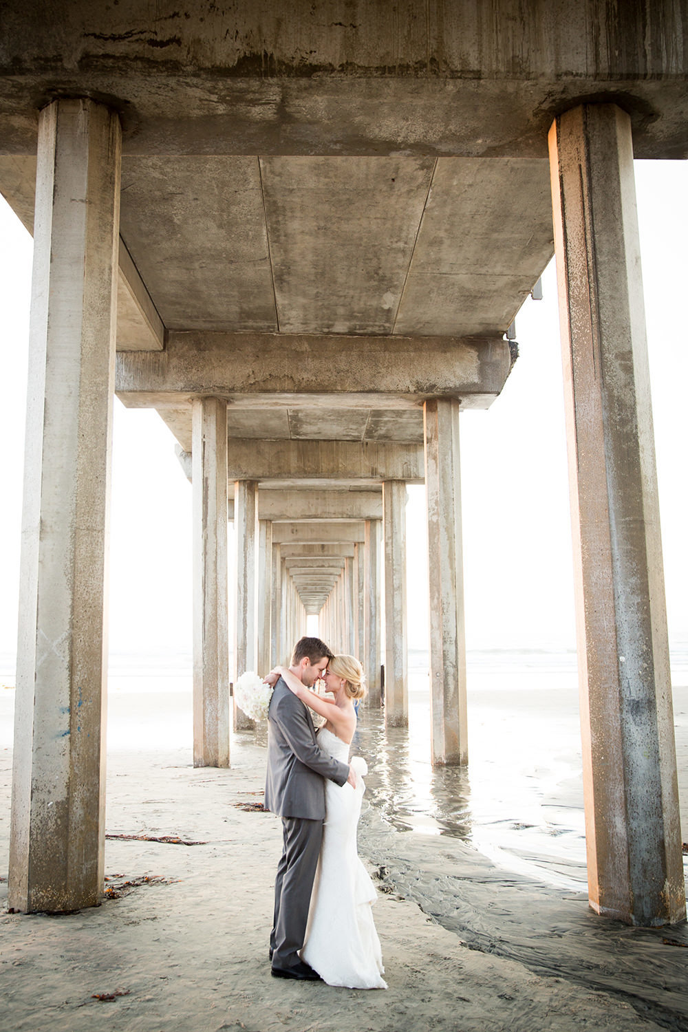 romantic picture with scripps pier