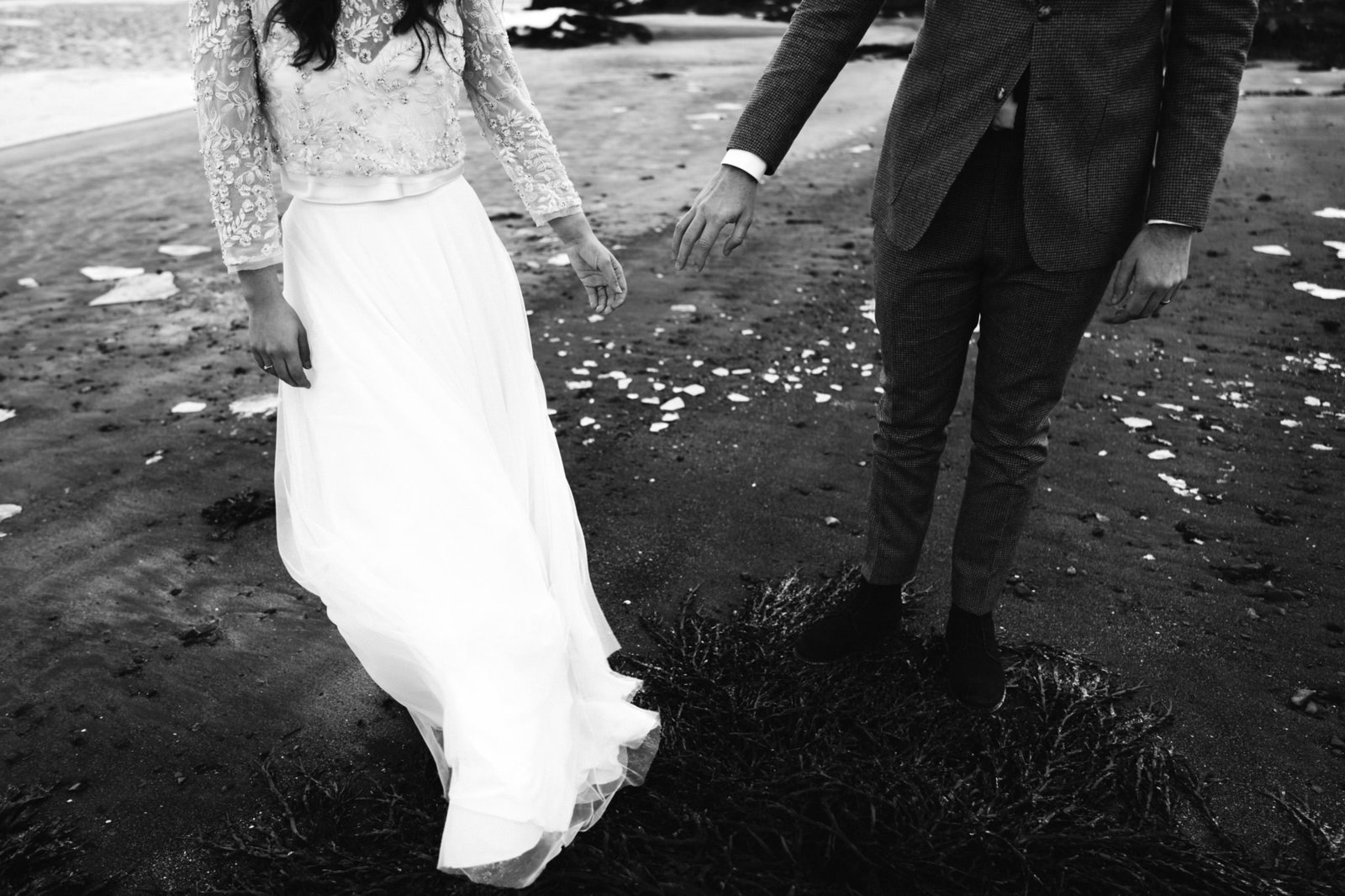 WiandaBongenPhotography_Sanne_Stevie_Iceland_Elopement+Black_Church_Budir-388