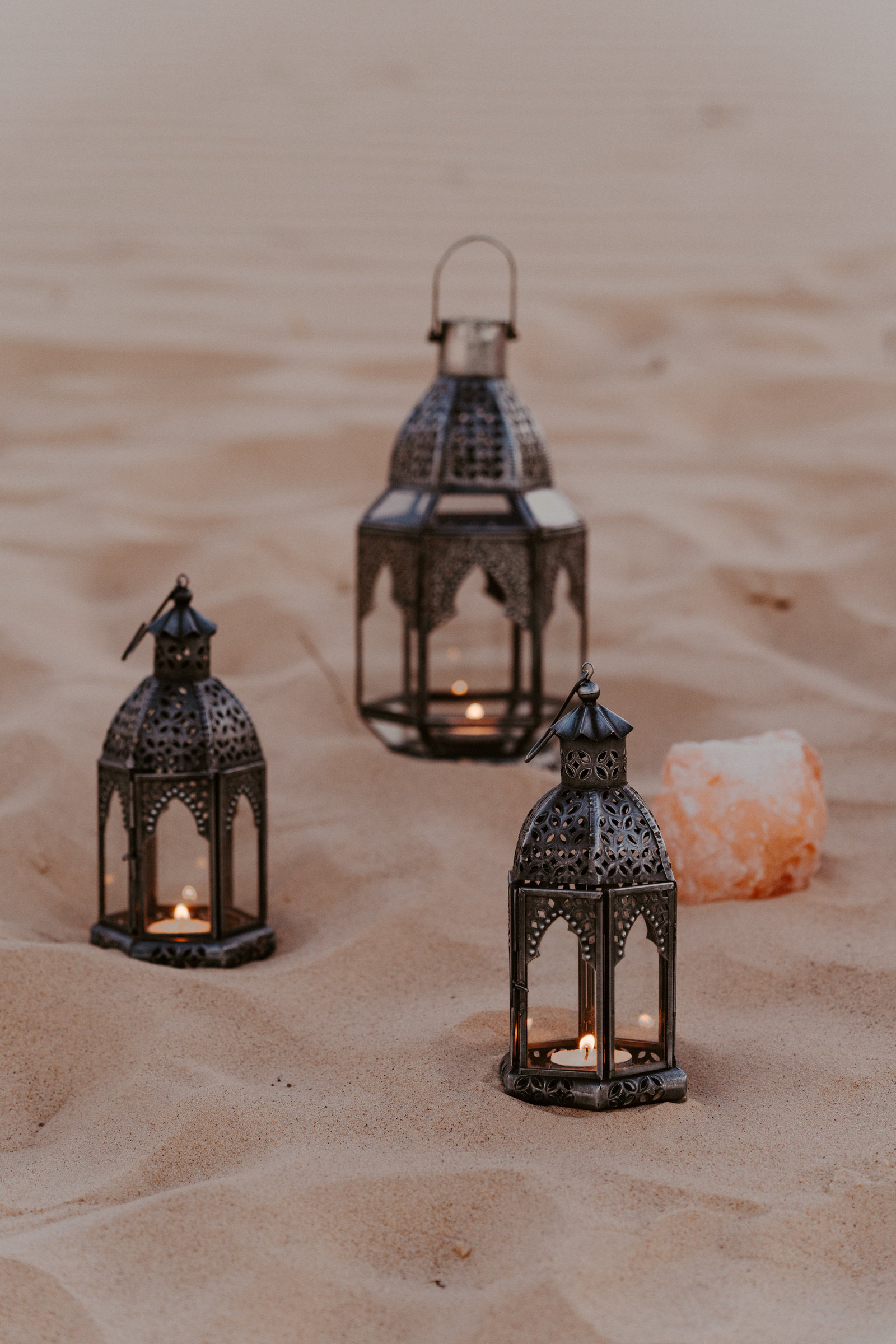 morocco-desert-elopement-adventurous-sand-dunes-monahans-sydney-and-ryan-photography-26