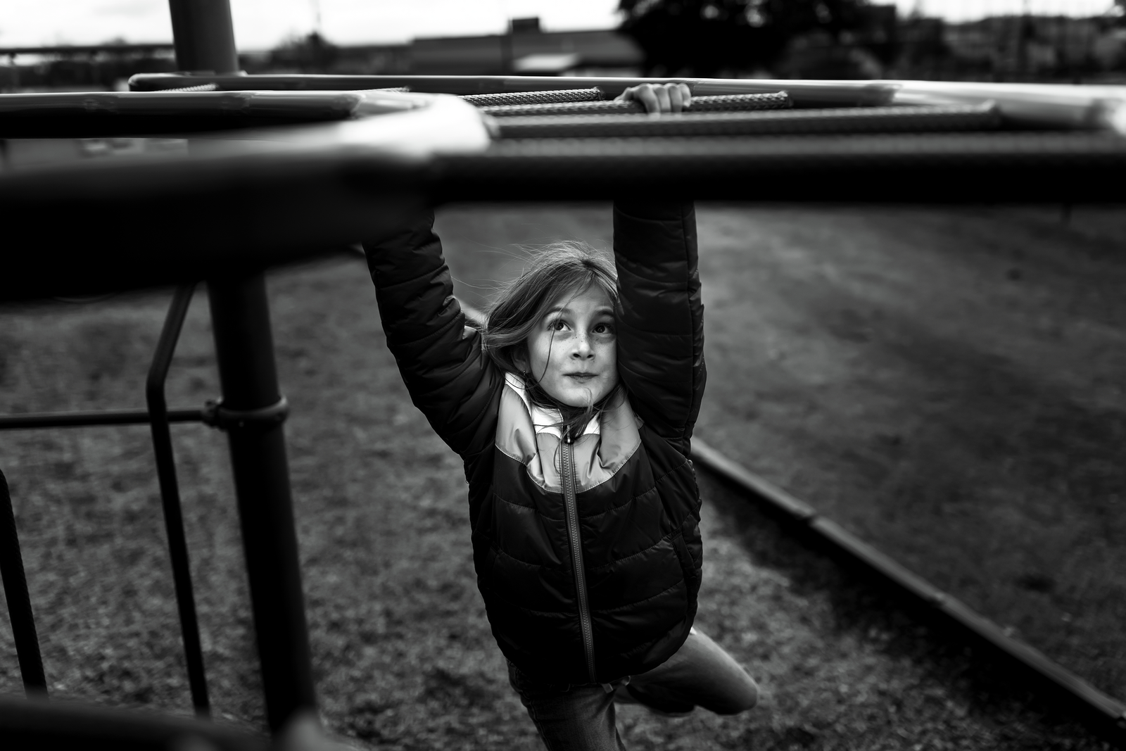 family photographer, columbus, ga, atlanta, documentary, photojournalism, playground, monkey bars_8266