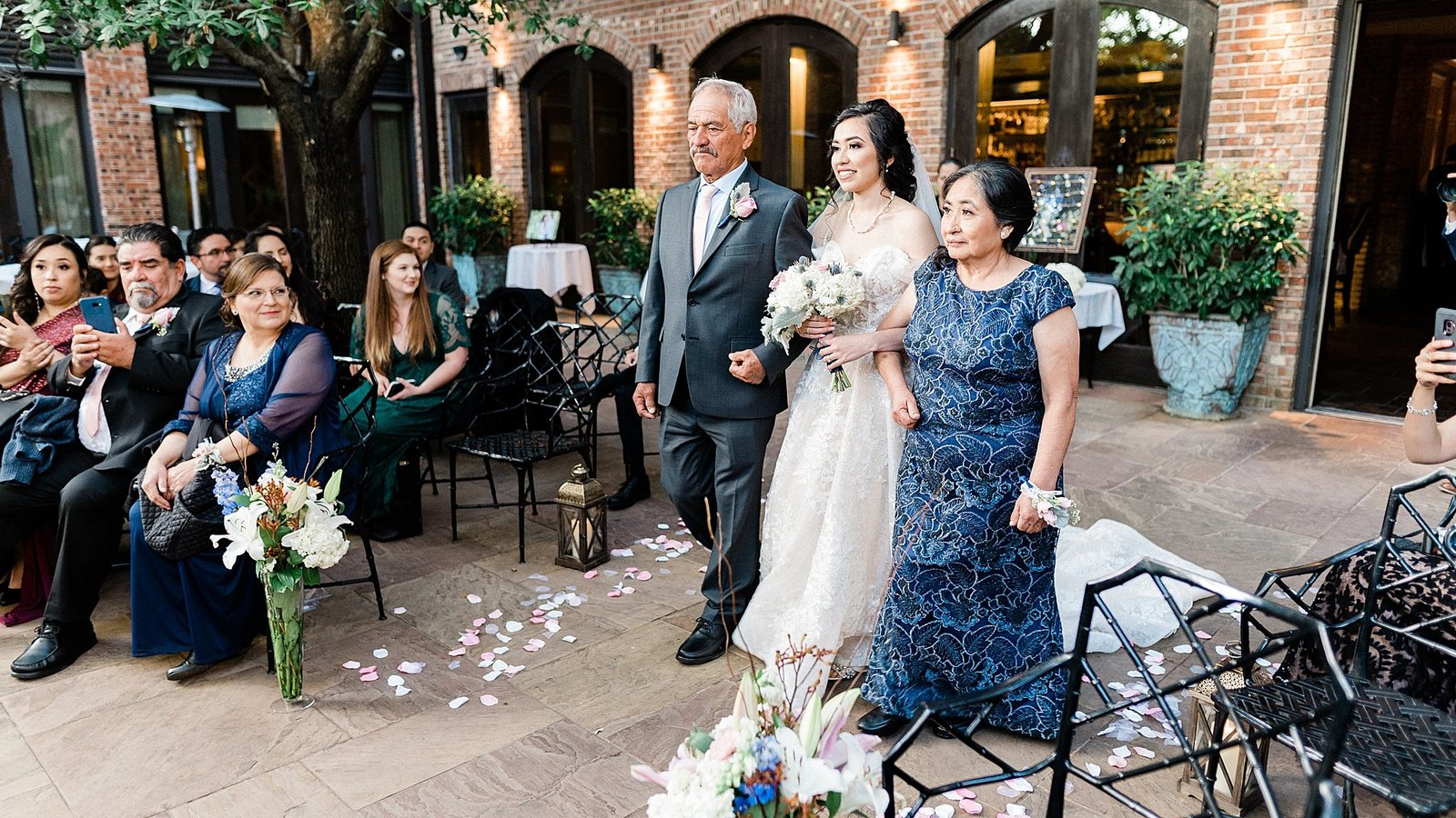 brennans of houston wedding leslie margarita photography_0081