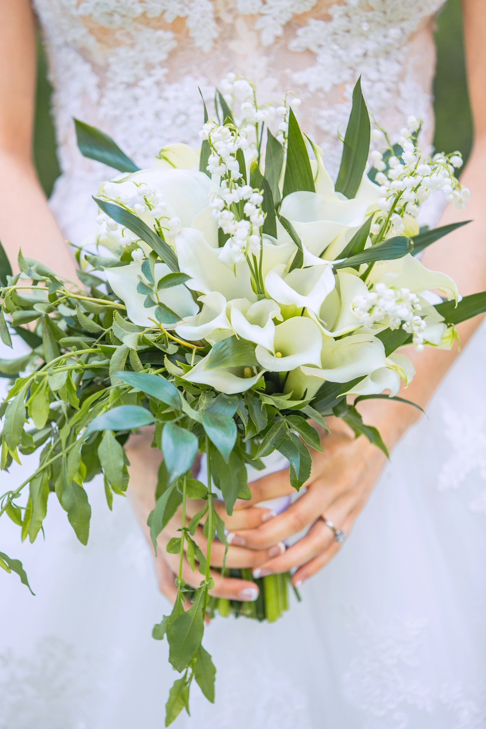 bridal bouquet clouse up and Newhall Mansion