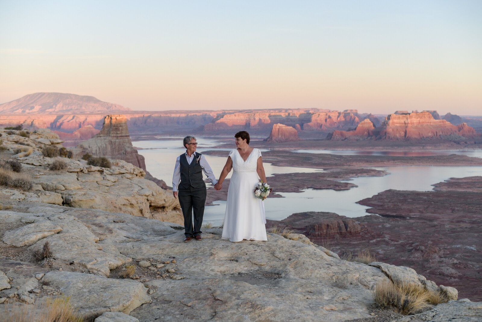 10.19.20 Elopement at Alstrom Point Vicky and Paige Photography by Terri Attridge-320