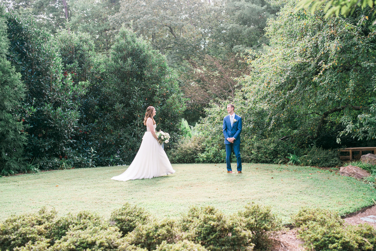 raleigh_wedding_photographer_caseyrosephotography_davekatie_059